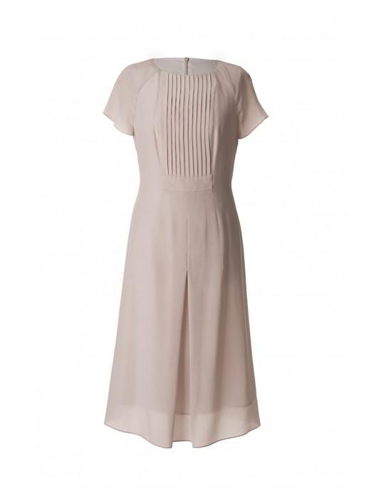 Delikatna jedwabna sukienka...