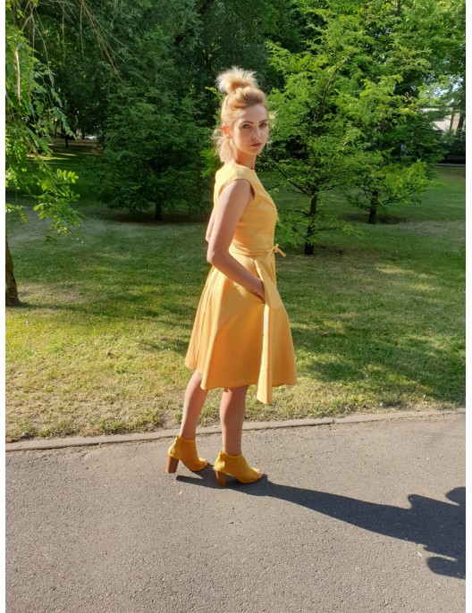 Yellow circle dress